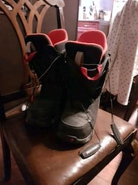 Burton men's snowboard boots size 8.5 like new Winnipeg, R3T 1H4