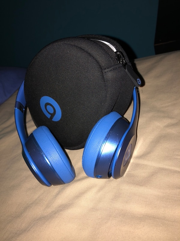 Beats Solo 2 (Missing Aux)