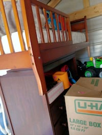 Changing table & toddler bed  Roswell, 88201