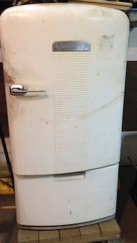white compact refrigerator Summit, 16316