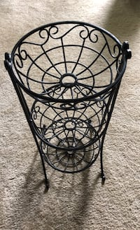 Like new: 3-tier fruit baskets/organizer $20 Herndon, 20170