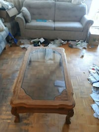 Living room table, also two matching side tables s Mississauga, L5A 2J5