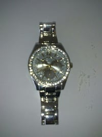 round silver-colored analog watch with link bracelet Winnipeg, R3R
