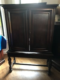 Beautiful cabinet/TV stand
