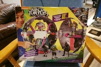 Ninja turtles out of the shadows toy  Mississauga, L5R 1T9