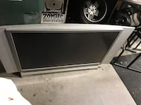 DLP projection TV with spare bulb 1949 mi