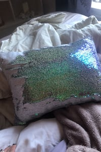 Iridescent / white sequin Decor pillow Montréal, H3W 1P8