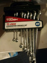 11 pc Wrench Set. (Missing 3)
