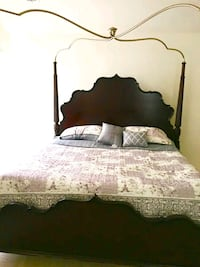 King size bedroom frame with drawers&mirror  Aldie, 20105