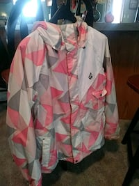 white, pink, and green floral dress shirt Macungie, 18062