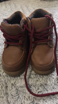 Pair of brown leather boots Oakland, 94603