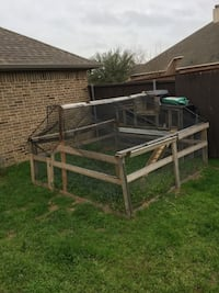 Rabbit hutch with large run area