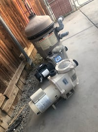 2 pool pumps and 1 filter for sale Indio, 92201