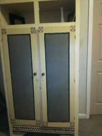 Armoire New Albany, 47150