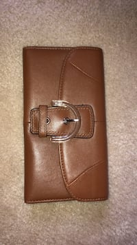 Coach brown real leather women's wallet by Coach Niagara-on-the-Lake, L0S 1J0