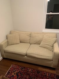 Love Seat / Couch Alexandria, 22304