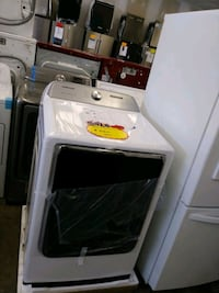 Samsung brand new scratch and dent Electric dryer