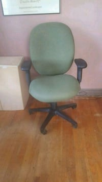 High back adjustable office chair Schenectady, 12303