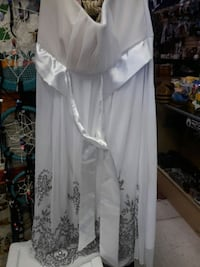 Dress size L North Las Vegas, 89030