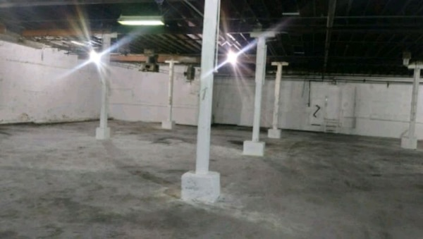"""IN """"CHICAGO IL"""" COMMERCIAL SPACE For RENT 2BA"""