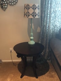 2 end tables and coffee table Bakersfield, 93314