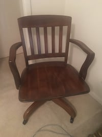 Solid wood swivel chair