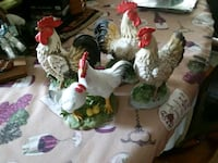 Rooster Figurines 4 Set 29 mi