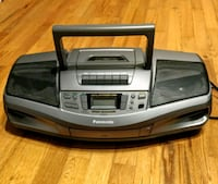 Panasonic portable stereo cd player Burnaby, V5G 1V6