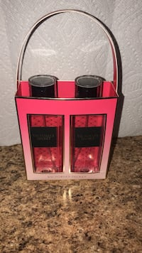 pink Victoria's Secret spray bottle gift set