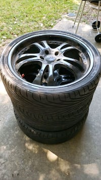 "Rim  5x114 20"" 3 brand new tire need 1 tire Lake Charles, 70601"