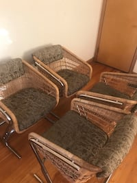 Four armchairs 上阿灵顿, 43221