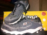 Skechers size 11 and 1/2 color code o o g y Birmingham, 35222