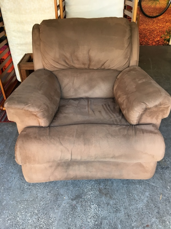 Used Brown Suede Recliner Sofa Chair For Sale In Long Beach Letgo