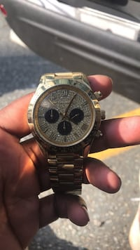 round silver chronograph watch with silver link bracelet Silver Spring, 20910