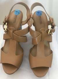Michael Kors wedge heel rare impossible to find size 7.5! Guyton, 31312