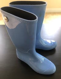 Ugg blue rubber rain boots Size 9 Fort Washington, 20744