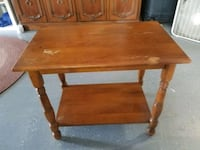 Vintage wooden end table 28x17x24 Bloomsdale, 63627