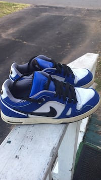 Blue-and-white nike low-top sneakers Chantilly, 20151