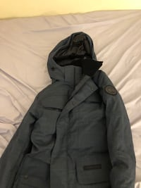 BRAND NEW CANADA GOOSE BRANTA MENS HARRISON SMALL ORIGINAL PRICE FOR 1000 550 km