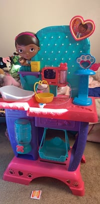 toddler's pink and blue plastic toy Bakersfield, 93309