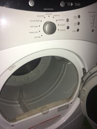 GE white  front-load clothes washer 539 mi