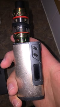 Siegel 213 with tfv12 tank and batters. The charging port sometimes doesn't like to charge but it is in great condition otherwise