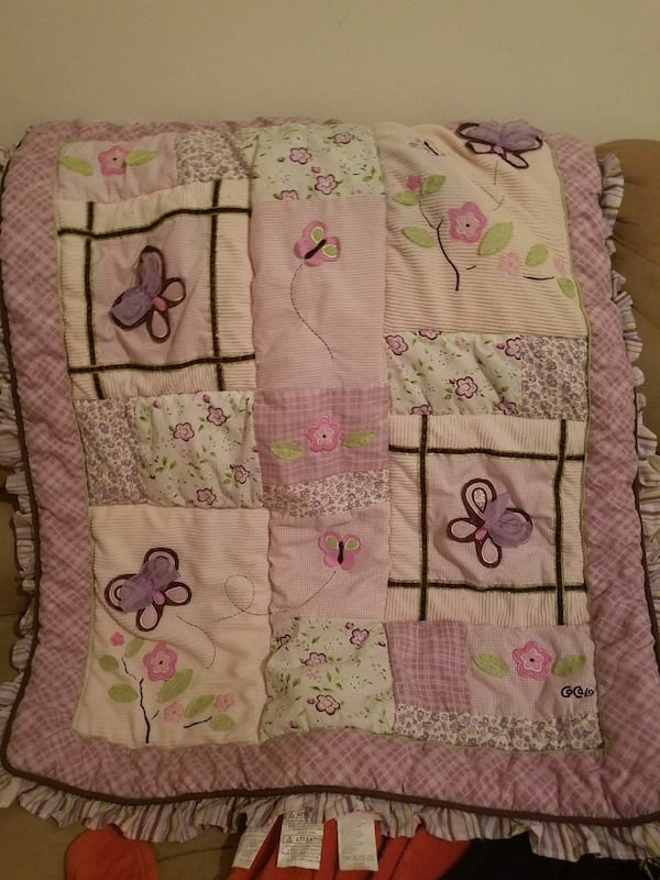 Girls purple and pink butterfly crib set 9d5bf8be-264a-496b-bf35-e476762b8324