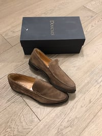 Pair of brown leather loafers with box, made in italy size 10.5, brand new Mississauga, L4W 2M8