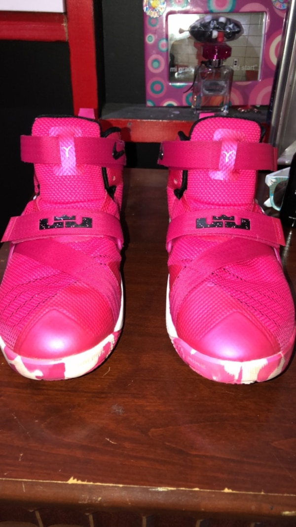 a6f39af5198b Used Pair of pink-and-white nike basketball shoes for sale in Anderson -  letgo