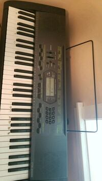 black and white casio electronic piano keyboard