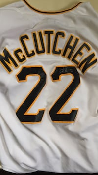 Autographed Andrew McCutchen Jersey Industry, 15052