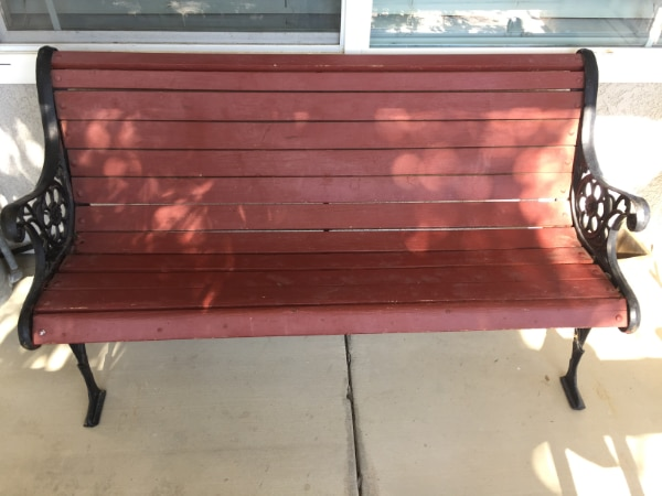 Awesome Red Iron Garden Yard Patio Park Bench Seat In Great Condition Dailytribune Chair Design For Home Dailytribuneorg
