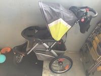 Jogger stroller baby trend explorer, in good condition but needs wheels regulation Burnaby, V5H 3S4