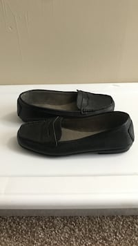 Women's black loafers  Avondale Estates, 30002